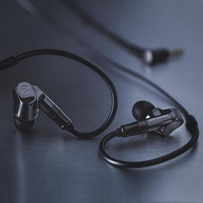 Audio-Technica ATH-IEX1 | titanové zjevení z Japonska