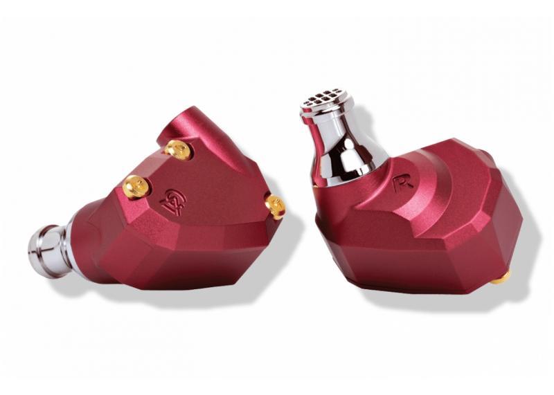 BOSE Headphones 700 - chystá se nový král cestovních sluchátek?