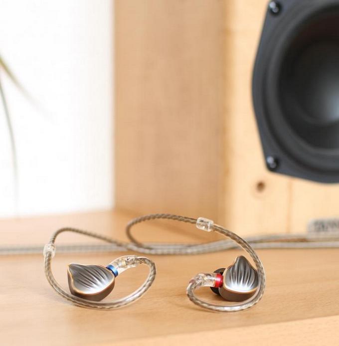 Výdrž 70 h a zábavný projev - testujeme novinku Audio-Technica ATH-SR30BT