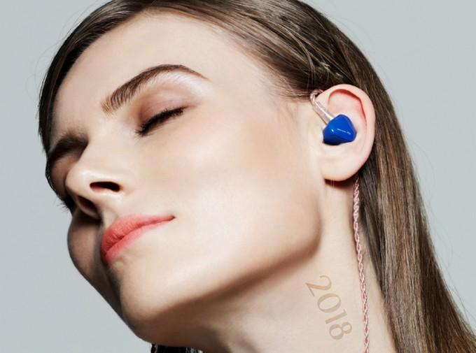 Vybíráme nejlepší sluchátkové novinky roku 2018