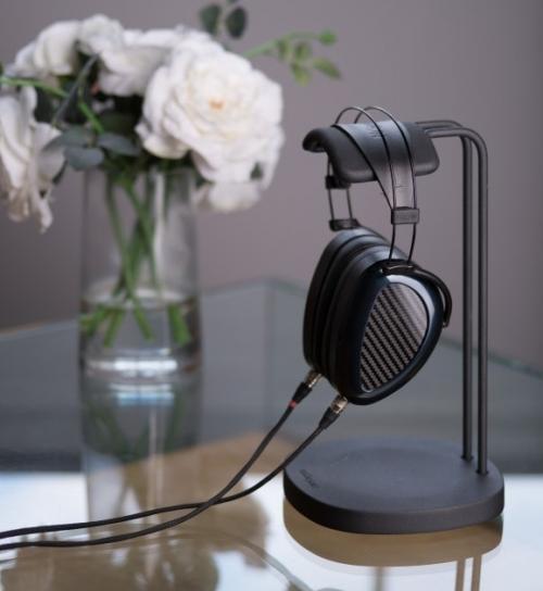 Recenze uzavřených sluchátek Mr.Speakers AEON Flow Closed