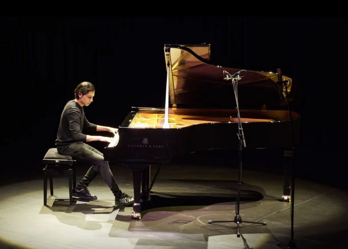 SONO Centrum v Brně dostalo nové piano a chystá úpravu akustiky