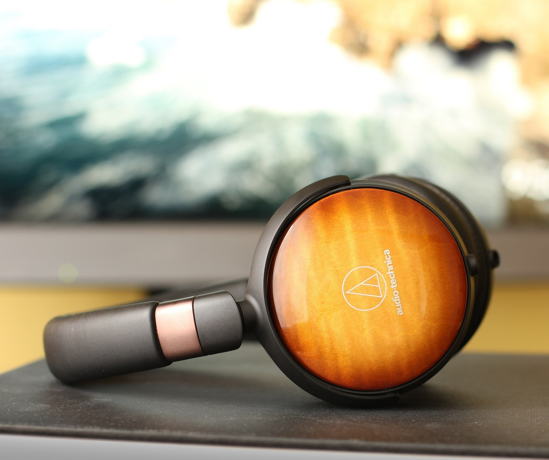 Audio-Technica ATH-WP900 vrací cestovním sluchátkům lesk